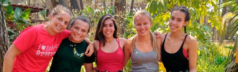 Enfocamp Marbella - Albergue Camp Teaser